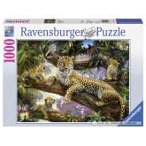1000 pcs - Proud Leopard Mother (by Ravensburger)